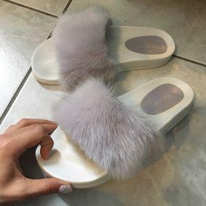 Topshop Hoot lilac/lavender Fur Slides 🦋💖